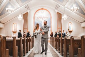 SONY 70-200 F4: (Best Telephoto lens for wedding videography Sony)